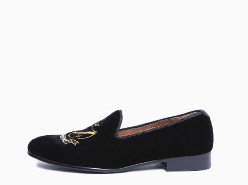suede traditions loafer